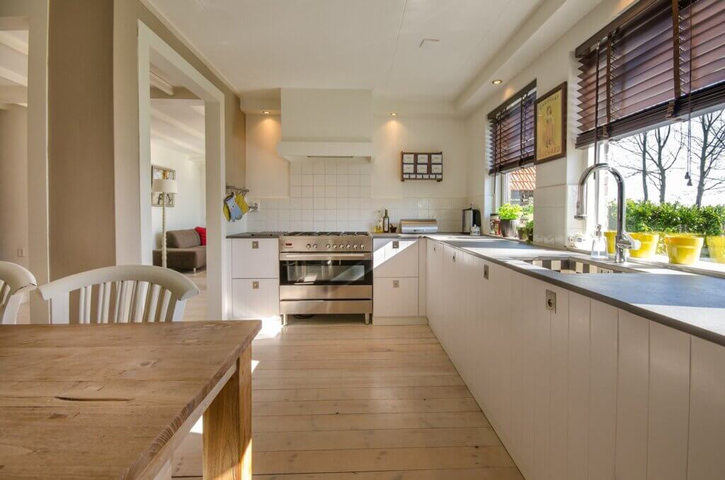 Elegir el material de los muebles de tu cocina.